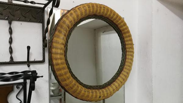 Огледало за стена от ратан