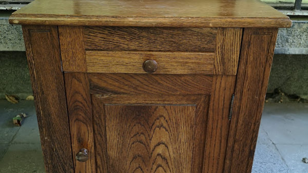 Шкафче в стил Рустик