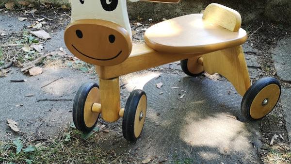 Дървено детско колело
