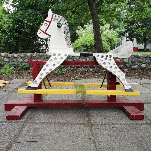Rachno izraboten i risuvan kon ,lyulka-1