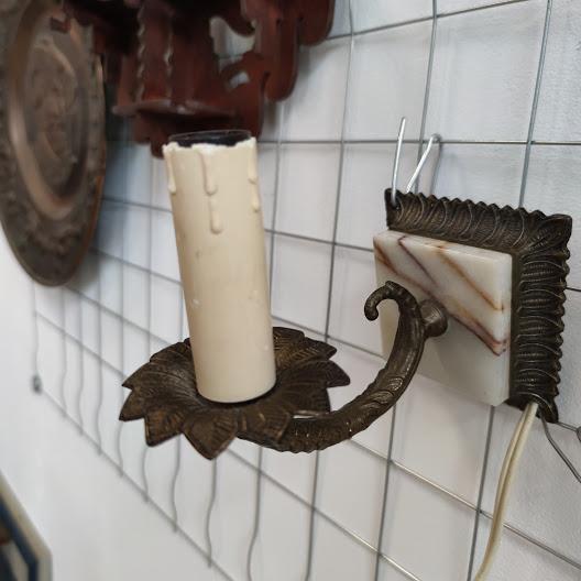 Noshtna lampa za stena ot mesing i oniks-3