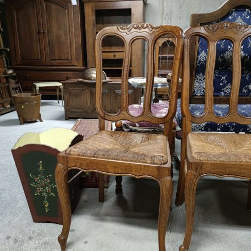 Trapezni stolove ,material dab-2